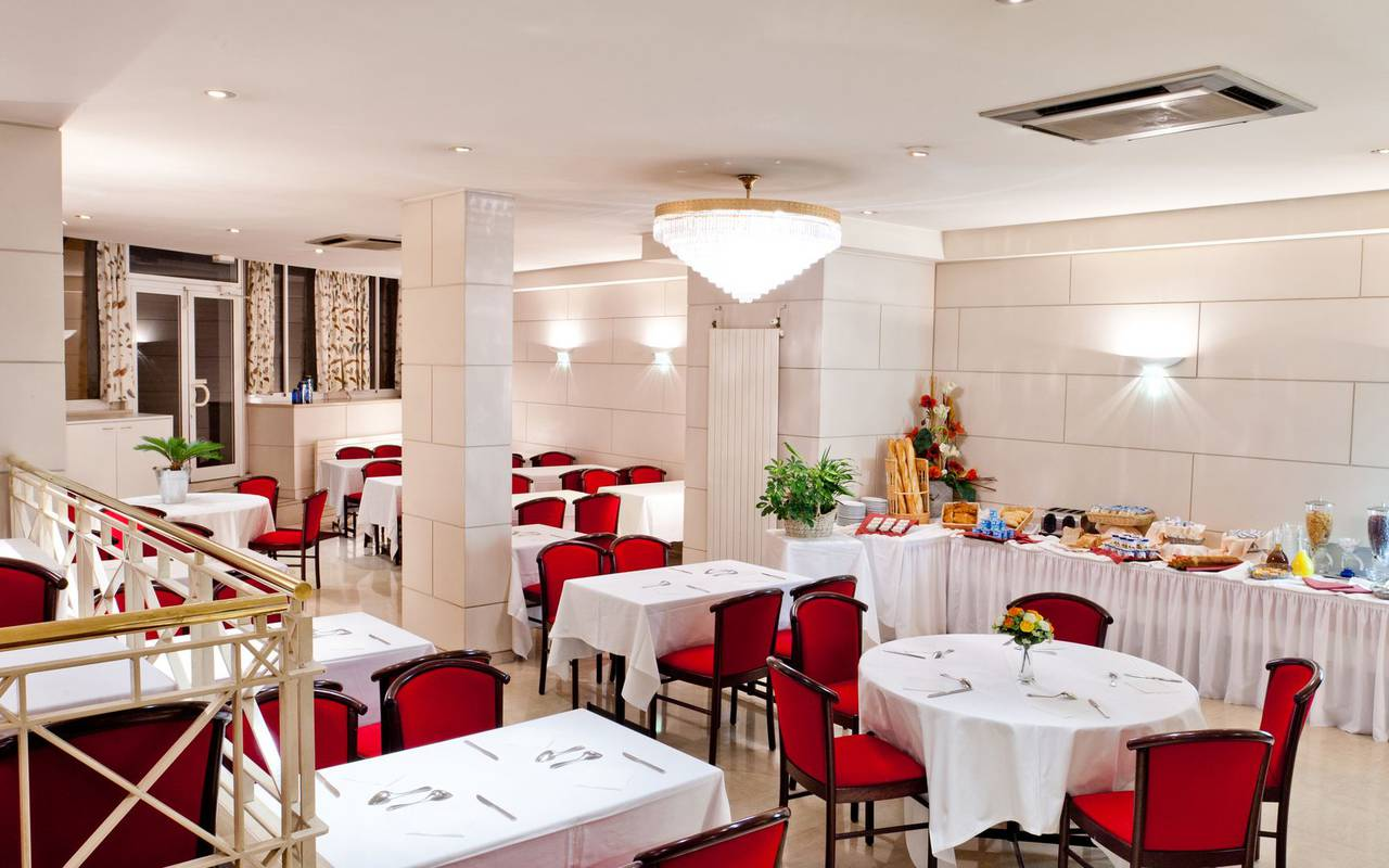 Restaurant room, b&b Lourdes France, Hôtel Continental Lourdes