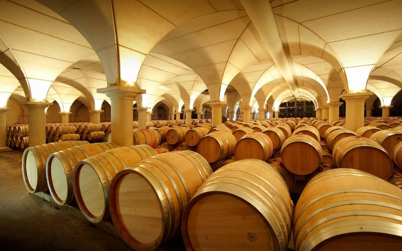 Barrels, Lourdes travel, Hôtel Continental Lourdes